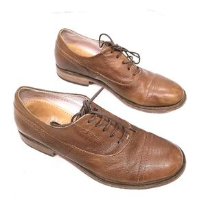 Vero Cuoio Italian Leather Lace-Up Oxford Shoes